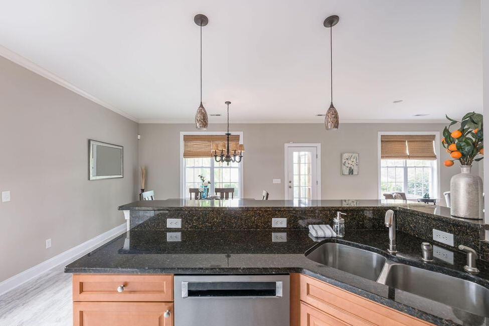 Kitchen and dining 2